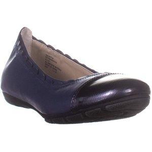 RIALTO Shoes Griffin Women's Flat
